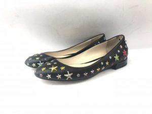8b0564613056 ジミーチュウ(JIMMY CHOO)のようなハイブランドの靴はレザーで作られているものがほとんどで、事前にラバーで補強した方が、滑りにくく、 長く履き続けることが可能 ...