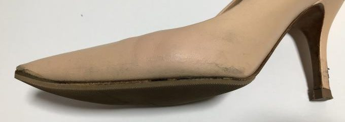 セリーヌ靴雨シミ補色